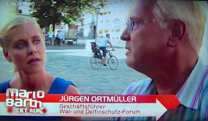 Mario Barth deckt auf - Freiheit für Flipper im Tiergarten Nürnberg (RTL/WDSF-Foto)