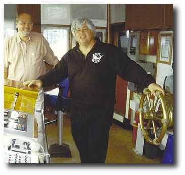 Juergen Ortmueller and Paul Watson at the bridge of the Ocean Warrior (2000) - Copyright WDSF
